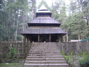 Hadimba-Temple-infornicle