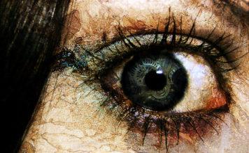 keeping an eye Girl who had no privacy